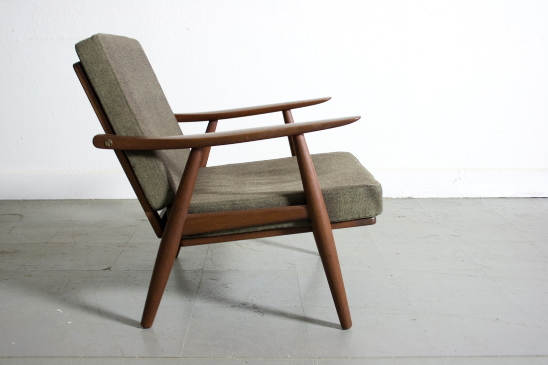 Hans wegner lounge chair - Picture