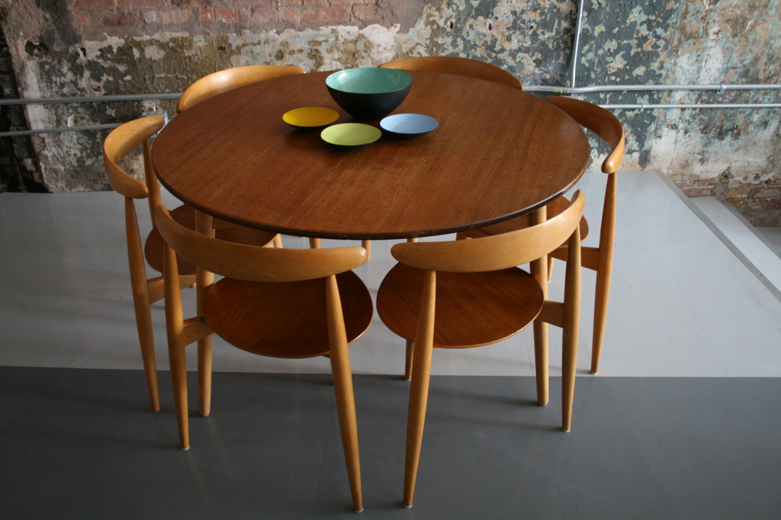 The chair round chair by hans wegner - Picture