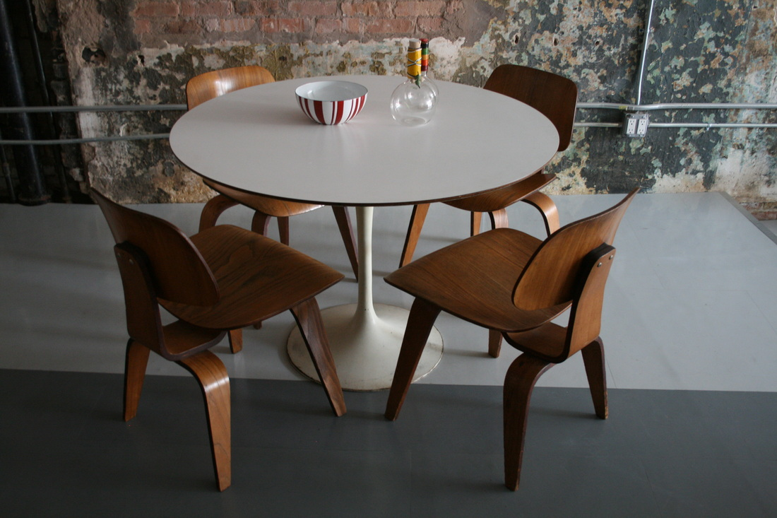 Astounding Saarinen Tulip Round Dining Table Eames Dcw Chairs 4 Uwap Interior Chair Design Uwaporg